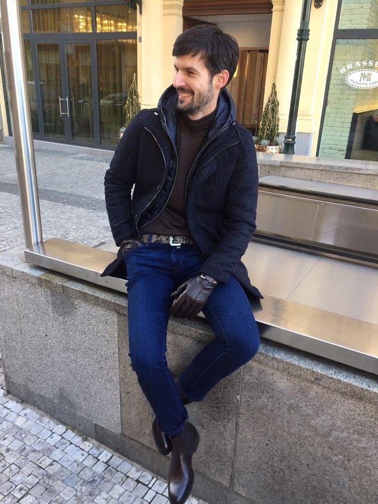 Bunda Herno, svetr Gran Sasso, jeans Jacob Cohen