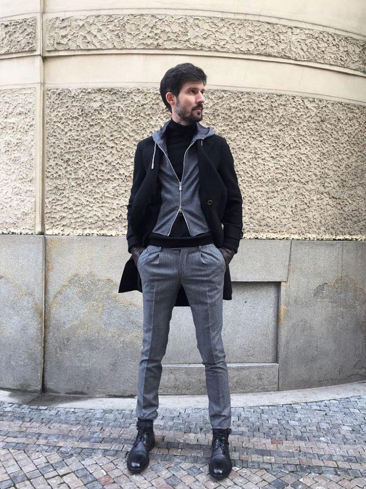Plášť Eleventy, svetr Gran Sasso, kalhoty Vigano, boty Lagerfeld