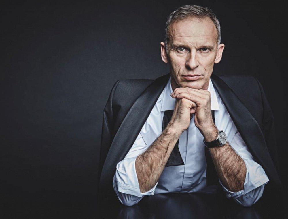 Formen - February 2018, black tie Eduard Dressler, shirt Stenströms
